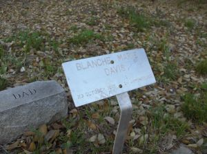 Marker for Blanche Marie Davis, made by Buster, March 2010.